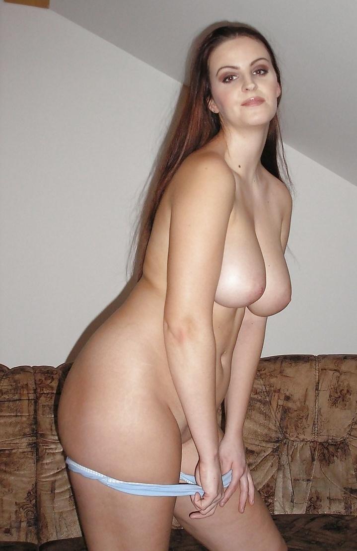 Stora bröst av amatör naken milf