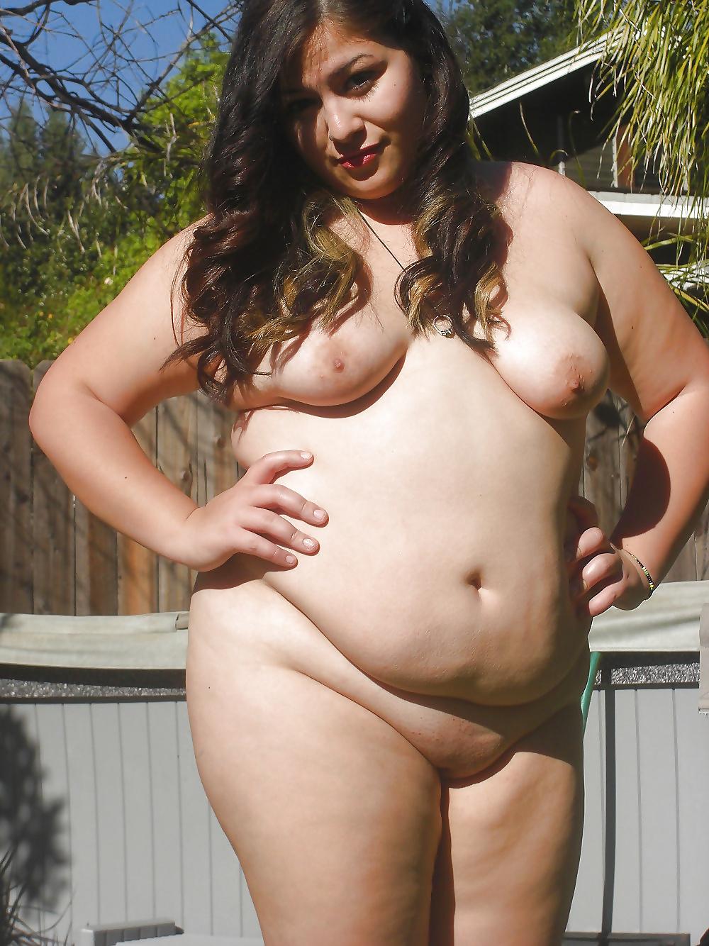 Avkopplande bilder av stora bröst