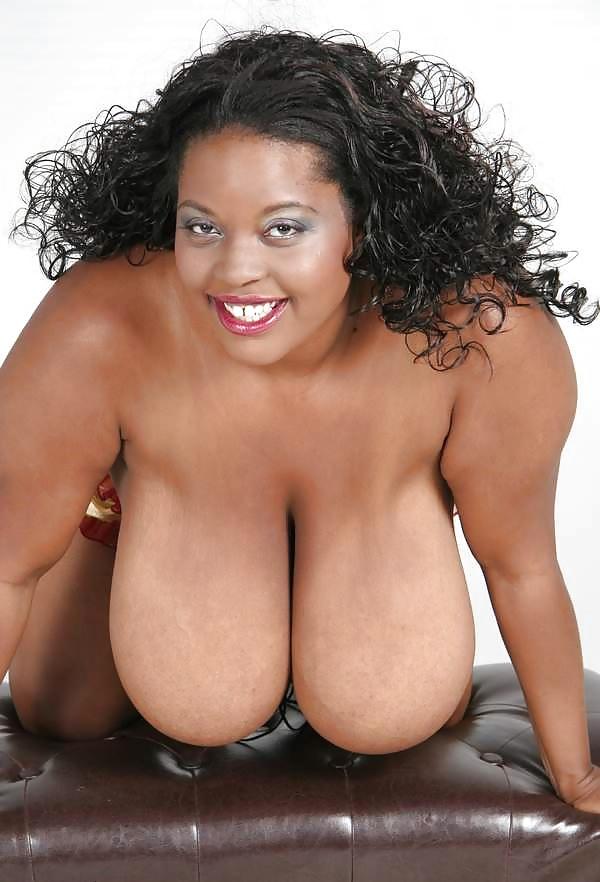 Nakenbilder av skönheter gratis