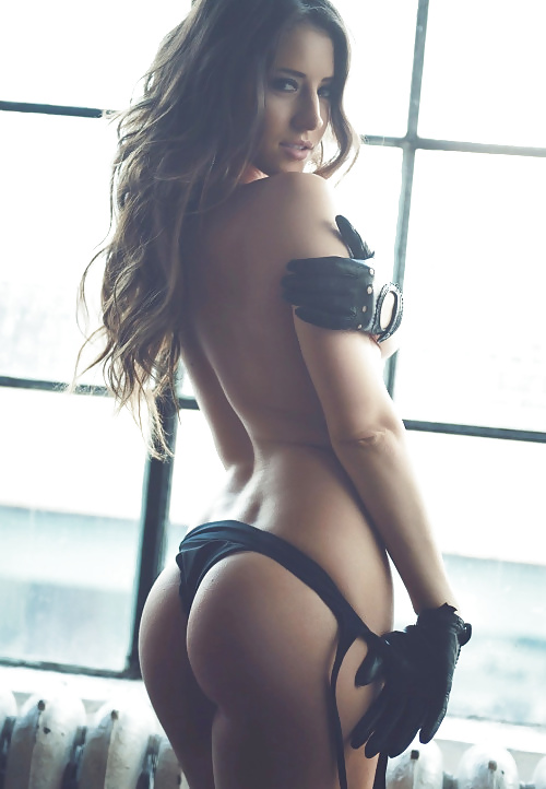 Gratis nakenbilder av unga slampa