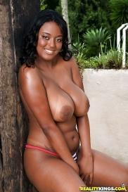 Berömd latin pornstar i nakna bilder
